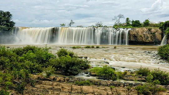 Tour 2a: Buon Ma Thuot- city tour –Draysap-Draynur waterfalls (one day )
